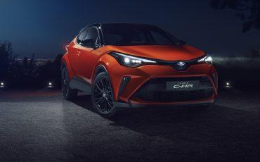 01-Nieuwe-Toyota-C-HR-High-Power-Hybrid-en-meer-connected