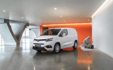 07-Nu-te-bestellen-Toyota-PROACE-CITY