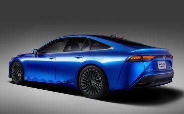 03-Toyota-met-tweede-generatie-Fuel-Cell-Mirai-op-TMS