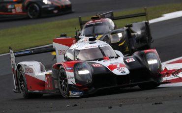 04_Fuji-Triumph-voor-Toyota-GAZOO-Racing