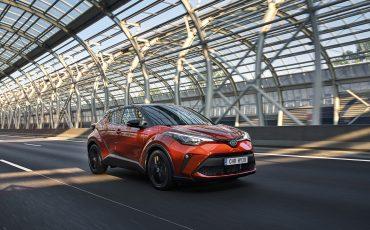 Meer vermogen, rijplezier en connectiviteit voor nieuwe Toyota C-HR 2.0 High Power Hybrid