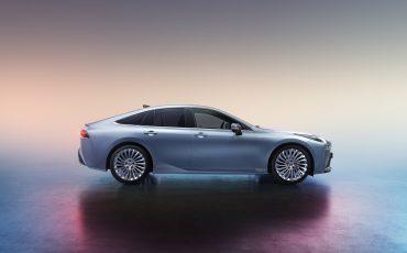 02-Tweede-generatie-Toyota-Mirai-zet-volgende-stap-in-mobiliteit-op-waterstof