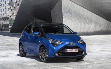 03-Zakelijke-rijder-kiest-in-2019-overtuigend-voor-hybride-Toyota