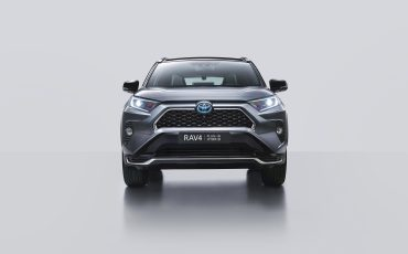 04-Nieuw-hybride-topmodel-van-Toyota-de-RAV4-Plug-in-Hybrid