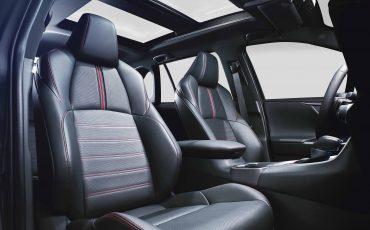 09-Nieuw-hybride-topmodel-van-Toyota-de-RAV4-Plug-in-Hybrid