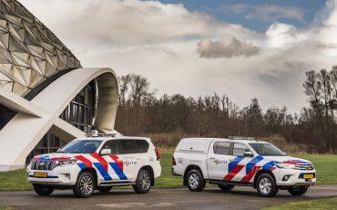 01-Toyota-terreinwagens-voor-Nationale-Politie