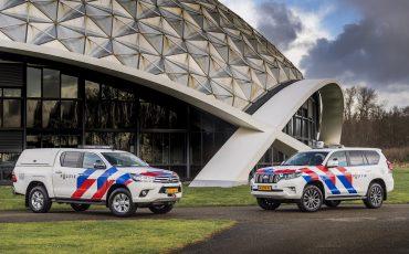 02-Toyota-terreinwagens-voor-Nationale-Politie
