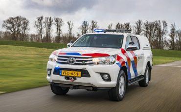 07-Toyota-terreinwagens-voor-Nationale-Politie
