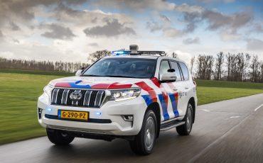 08-Toyota-terreinwagens-voor-Nationale-Politie