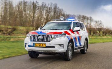 09-Toyota-terreinwagens-voor-Nationale-Politie