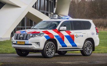 13-Toyota-terreinwagens-voor-Nationale-Politie