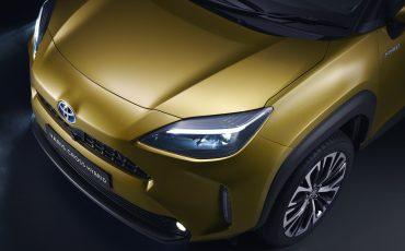 10-Toyota-ontlhult-gloednieuwe-Yaris-Cross-een-slimme-SUV-in-het-B-segment