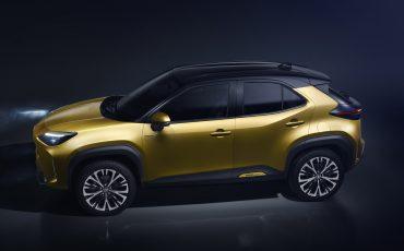 11-Toyota-ontlhult-gloednieuwe-Yaris-Cross-een-slimme-SUV-in-het-B-segment