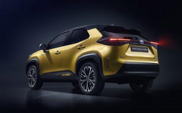 13-Toyota-ontlhult-gloednieuwe-Yaris-Cross-een-slimme-SUV-in-het-B-segment