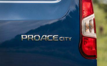 10-Toyota-PROACE-CITY-toonaangevend-op-meerdere-vlakken