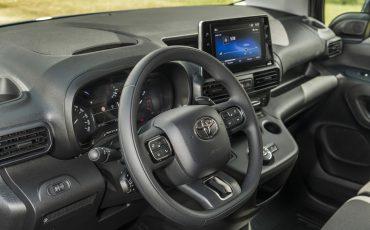 12-Toyota-PROACE-CITY-toonaangevend-op-meerdere-vlakken