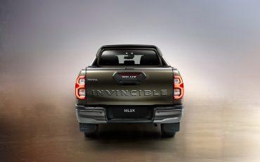 04-De-vernieuwde-Toyota-Hilux-onoverwinnelijk