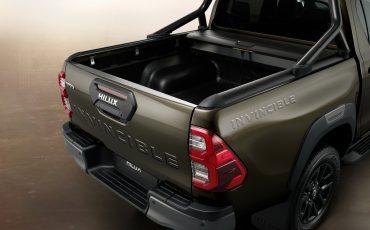 20-De-vernieuwde-Toyota-Hilux-onoverwinnelijk