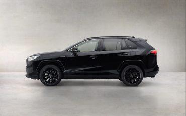 03-Toyota-RAV4-Hybrid-Black-Edition-stijlvol-zwart-voor-populaire-SUV