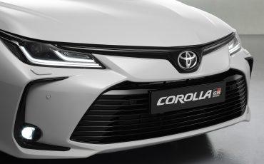 06-Toyota-Corolla-Sedan-GR-Sport-vindt-inspiratie-in-racedivisie-van-Toyota