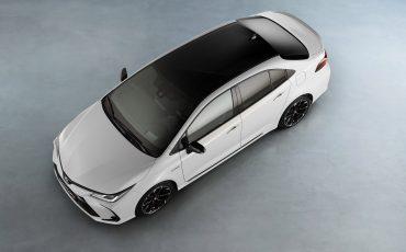 21-Toyota-Corolla-Sedan-GR-Sport-vindt-inspiratie-in-racedivisie-van-Toyota