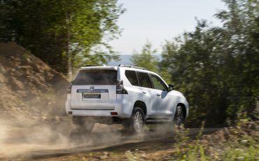 Toyota_Land_Cruiser_28