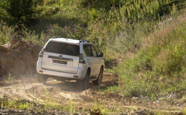 Toyota_Land_Cruiser_34