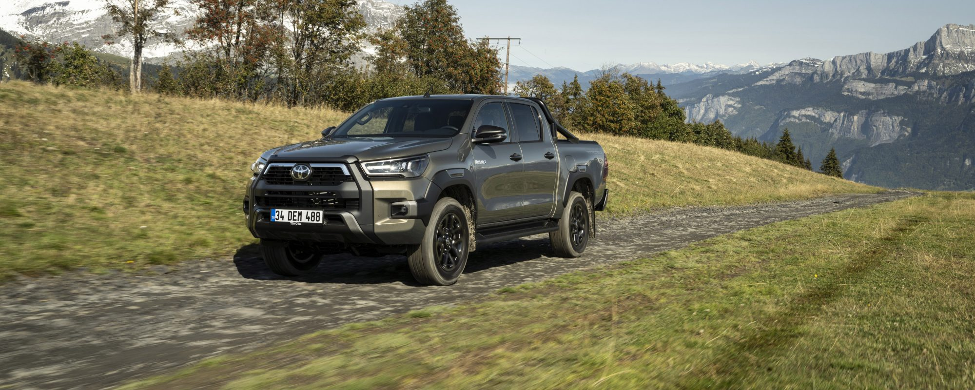 Vernieuwde Toyota Hilux: meer power, verbeterde prestaties on- en offroad