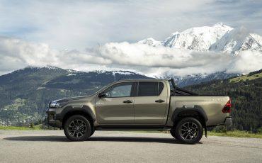 03-Vernieuwde-Toyota-Hilux-meer-power-verbeterde-prestaties-on-en-offroad