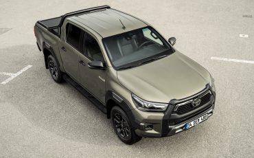 06-Vernieuwde-Toyota-Hilux-meer-power-verbeterde-prestaties-on-en-offroad