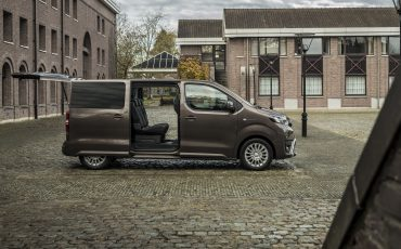 05-PROACE-VERSO-Electric