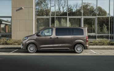 07-PROACE-VERSO-Electric