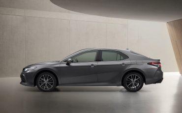 07-Toyota-Camry-Hybrid-vernieuwd