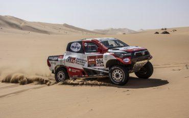 12-Toyota-GAZOO-Racing-Dakar-2021