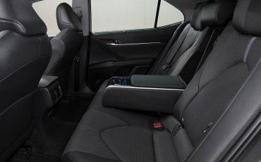 19-Toyota-Camry-Hybrid-vernieuwd