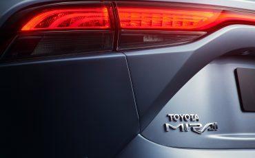 14-De-volledig-nieuwe-waterstof-elektrische-Toyota-Mirai
