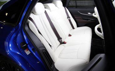 19-De-volledig-nieuwe-waterstof-elektrische-Toyota-Mirai