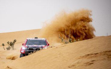 02-Toyota-GAZOO-Racing-pakt-vierde-etappewinst-in-Dakar-2021