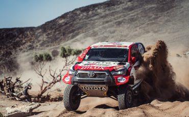 02-Toyota-GAZOO-Racing-weer-op-jacht-naar-Dakar-titel