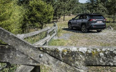 06-Toyota-prijst-hybride-topmodel-RAV4-Plug-in-Hybrid
