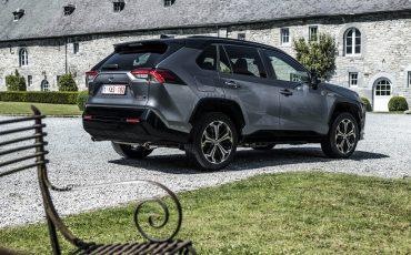 07-Toyota-prijst-hybride-topmodel-RAV4-Plug-in-Hybrid