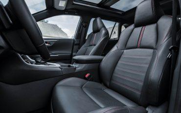 15-Toyota-prijst-hybride-topmodel-RAV4-Plug-in-Hybrid