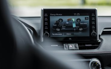 18-Toyota-prijst-hybride-topmodel-RAV4-Plug-in-Hybrid